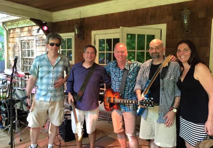https://www.guitarlessons-atlanta.com/wp-content/uploads/2015/07/brad-guitar-instruction-in-atlanta.jpg