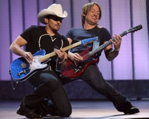 http://www.guitarlessons-atlanta.com/wp-content/uploads/2015/07/guitar-lessons-news-brad-paisley-keith-urban-300x241.jpg