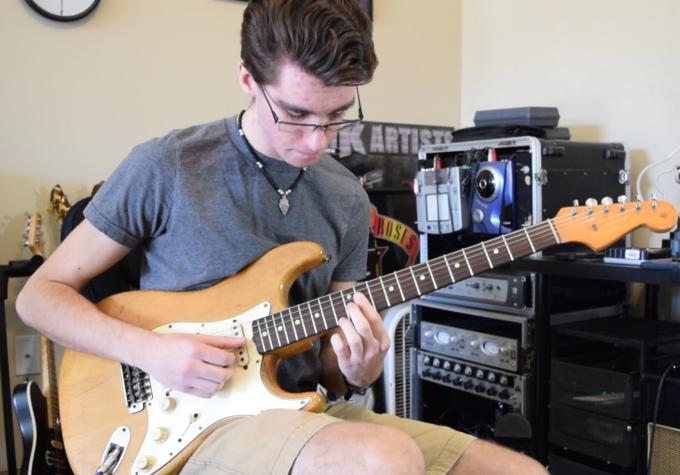 https://www.guitarlessons-atlanta.com/wp-content/uploads/2015/07/justin-guitar-lessons.png